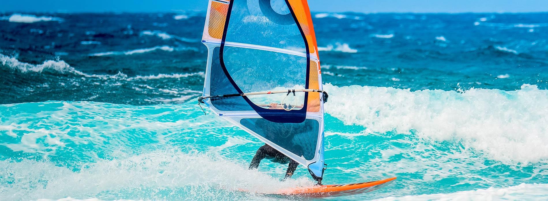 beim Surfen die Freiheit spüren